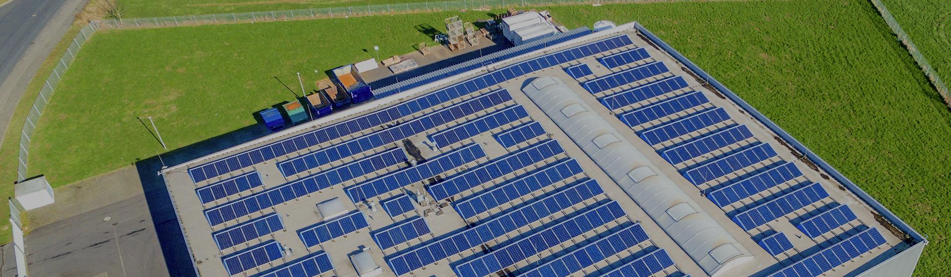 โซลูชันฉลาดผลิต บริการผลิตและจ่ายกระแสไฟฟ้าจากพลังงานสะอาด